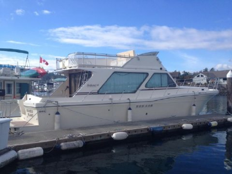 45′ Northwind Motoryacht 1998 – PRICE REDUCTION!