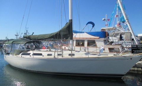 1987 42 Sabre Sloop SOLD