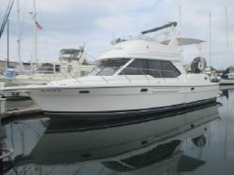 40′ Bayliner 4087 PRICE REDUCTION!